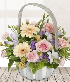 Mothers Day Dream Basket*